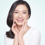 hipwee-Screenshot-2018-3-28-Raline-Shah-on-Instagram-Sharing-my-beauty-routine-in-Bandung-with-wardahbeauty-next-week-Stay-tuned-...-499x422
